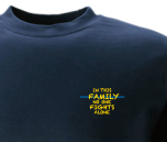 T-shirt IN THIS FAMILY NO ONE FIGHTS ALONE